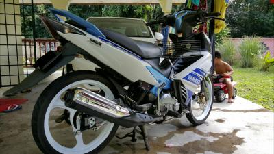 Yamaha LC135 Y15ZR Club