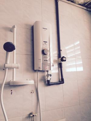 wiring water heater malaysia example electrical wiring diagram u2022 rh huntervalleyhotels co water heater switch wiring malaysia Water Heater Wiring Diagram Dual Element